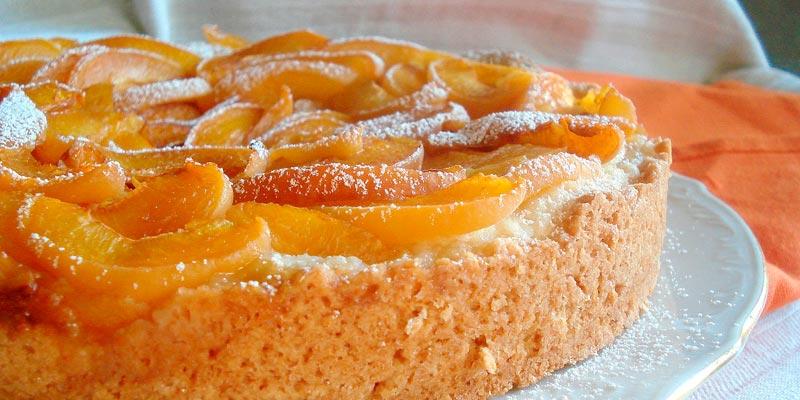 Пирог с абрикосами в мультиварке