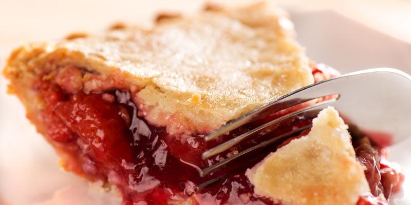 нежный вишневый пирог